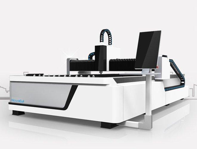 Corte a laser de metal Novacut  BCL1530FB